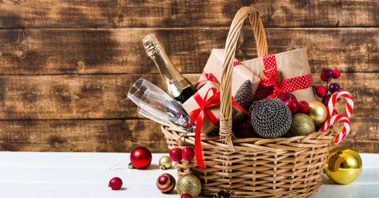 Put Filler in Gift Baskets in the Correct Way