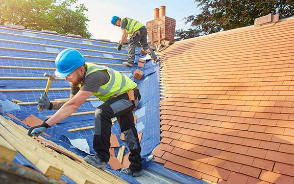 Looking for Winter Roofing Tips and Tricks?